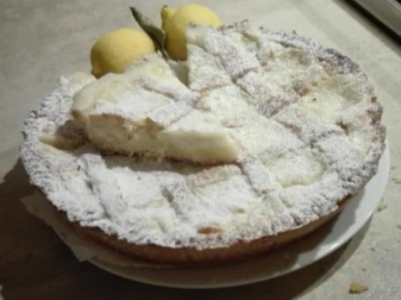Crostata morbida al limone